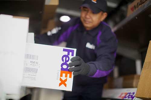 FedEx Jobs  – Copyrights by FedEx